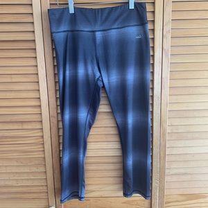Gray cropped workout pants